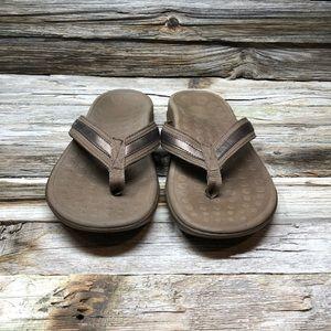 Vionic Orthaheel Women 10 Brown Flip Flops